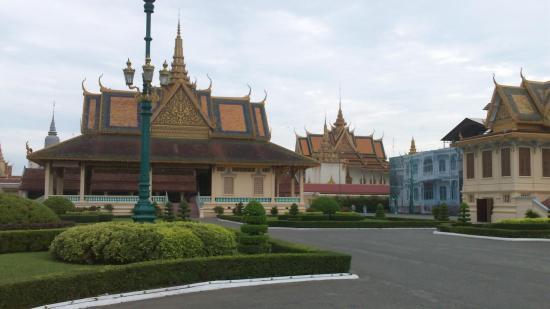 001 thailande improbable