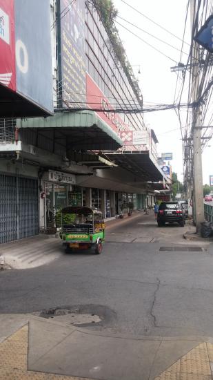 018 thailande improbable