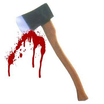 hache-avec-sang.jpg